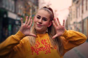 Videoclip 'Dit is voor Sinterklaas'